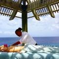Massage im Aussichtsturm des im 4-Sterne Avila Beach Hotel auf Curacao.