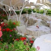 Restaurantterrasse im 4-Sterne Hotel Baia di Nora in Pula auf Sardinien.
