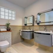 Badezimmer in einer Junior Suite im 4-Sterne The Calabash Hotel auf Grenada.