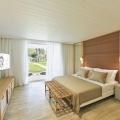 Innenansicht des Deluxe Zimmer im 4-Sterne Canonnier Beachcomber Golf Resort & Spa auf Mauritius.