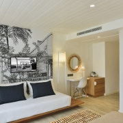 Zimmer-Innenansicht im 4-Sterne Hotel Cannonier Beachcomber auf Mauritius - Superiorzimmer mit Meerblick