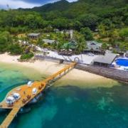 Luftaufnahme des 5-Sterne Hotel Coco de Mer & Black Parrot Suites auf der Insel Praslin, Seychellen.