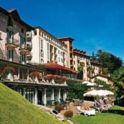 Blick auf die Fassade des 4-Sterne Hotel Belvedere am Comersee.