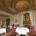 Restaurant mit Deckenfresko im 4-Sterne Cringletie House Hotel in Peebles Schottland.