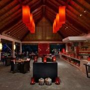 Restaurant im 5-Sterne Hilton Seychelles Labriz Resort & Spa auf der Privatinsel Silhouette Island.