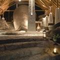 Eingang zum 5-Sterne Hilton Seychelles Labriz Resort & Spa auf der Privatinsel Silhouette Island.
