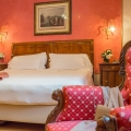 Zimmer im 5-Sterne Hotel Due Torri in Verona. Romantische Heirat in Italien.
