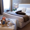 Classic Zimmer fuer Hochzeiten in Italien im 4-Sterne Hotel San Roco am Ortasee.