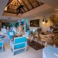 Die Rezeption im 4-Sterne Hotel Le Duc de Praslin, auf den Seychellen.