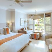 Innenaufnahme einer Junior Suite im 5-Sterne Hotel Lux*-Belle Mare auf Mauritius.