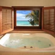 Badezimmer der Honeymoon Suite im 5-Sterne Hotel Lux*-Le Morne auf Mauritius.