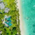 Luftaufnahme auf den Strand des 5-Sterne Hotel Lux*-Le Morne auf Mauritius.