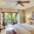 Innenansicht eines Superior Zimmers im 5-Sterne Hotel Lux*-Le Morne auf Mauritius.