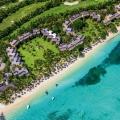 Luftaufnahme auf die Anlage des 5-Sterne Hotel Paradis Beachcomber Golf Resort und Spa.