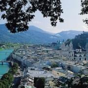 Anschicht von Salzburg mit Blick auf den Fluss Salzach