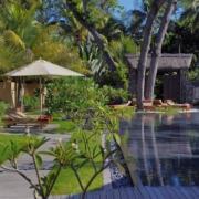 Pool im Spa Garten des 5-Sterne Hotel Shandrani Beachcomber auf Mauritius.