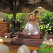 Massage im Spa des 5-Sterne Hotel Trou aux Biches Mauritius Beachcomber.