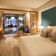 Blick aus dem Zimmer auf das Meer im 4-Sterne adult-only Hotel Victoria For 2 auf Mauritius.