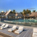 Poolansicht im 4-Sterne Preskil Island Resort auf Mauritius.
