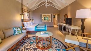 Blick in eine Junior Suite im 5-Sterne Constance Lémuria Resort auf der Insel Praslin