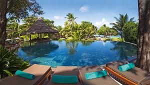 Pool im 5-Sterne Constance Lémuria Resort auf der Insel Praslin.