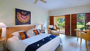 Das Deluxe Zimmer im 5-Sterne Hotel Hilton Mauritius Resort und Spa.