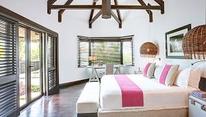 Innenansicht der Beachfront Villa im 5-Sterne Hotel Lux*-Belle Mare auf Mauritius.