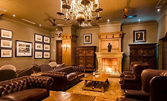 Lounge im Lanzerac Hotel und Spa Suedafrika.