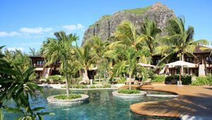 Lux le Morne, Pool - Mauritius
