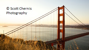 Golden Gate Bridge von Marin Headlands aus betrachtet © Scott Chernis Photography.
